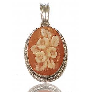 Shell cameo flower pendant