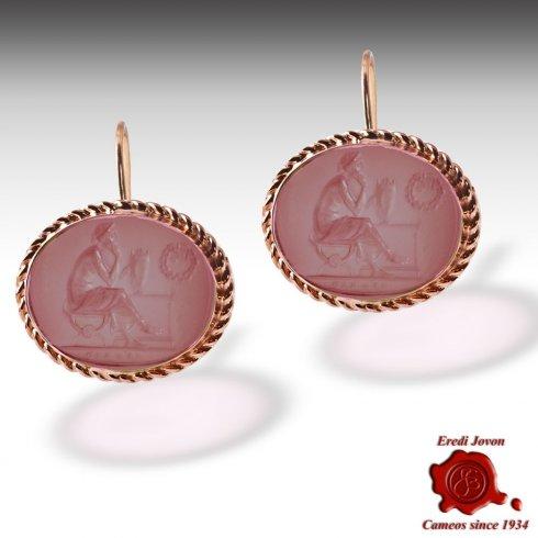 glass intaglio jewelry pendant