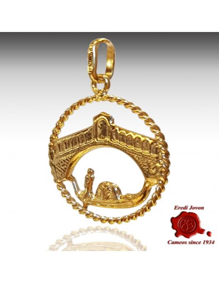 Yellow Gold Round Charm Gondola Under Rialto Bridge