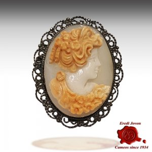 Red shell cameo silver