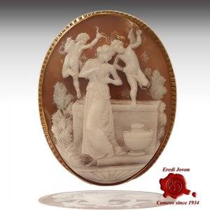 Venus Bath Antique Cameo...