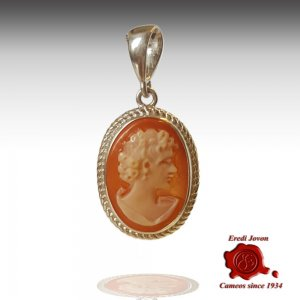 Conch shell lady cameo silver pendant