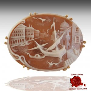 Rialto Cameo Pendant and Brooch in Gold