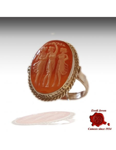 Three Graces Shell Cameo Ring