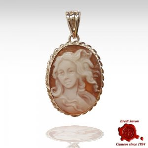 Birth of Venus cameo pendant silver