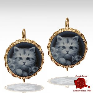 Blue cat cameo earrings yellow gold
