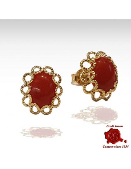 Orecchino di Corallo Rosso con Filigrana in Oro