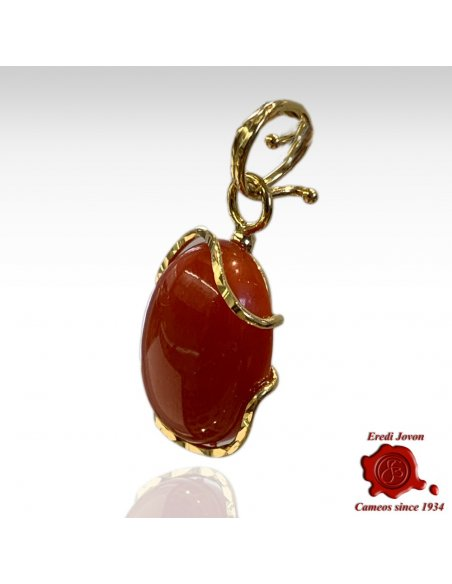 Red Coral Pendant Sparkling Gold