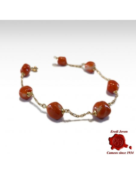 Red Coral Bracelet with Link in Gold