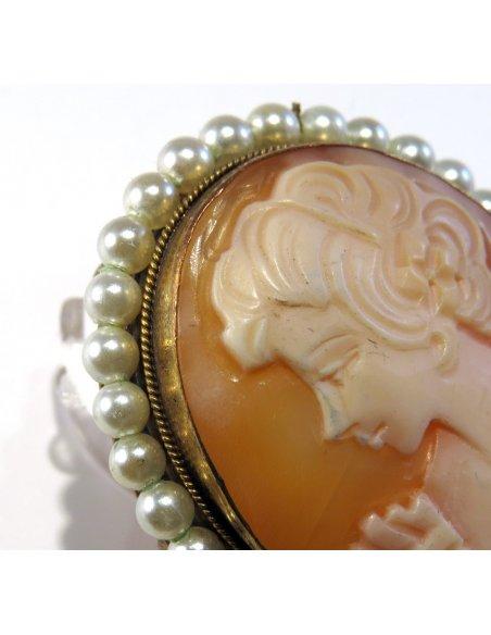 Spilla Cammeo Vittoriano con Perle