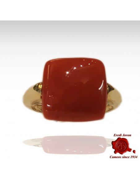 Anello Corallo Rosso Quadrato in Oro