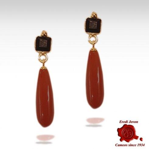 Orecchini in Corallo Rosso e Onice Pendenti