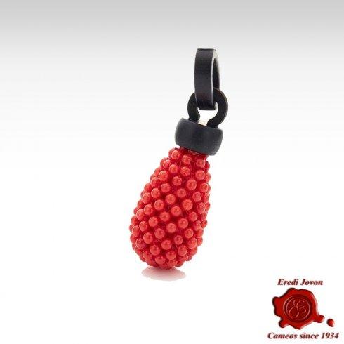 Ciondolo in Corallo Rosso e Ebano