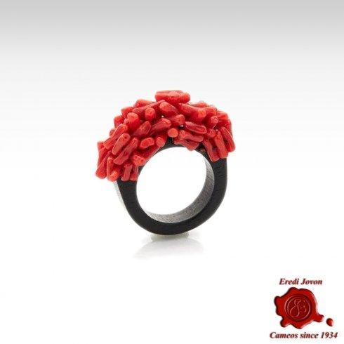 Anello in Corallo Rosso Grezzo e Ebano