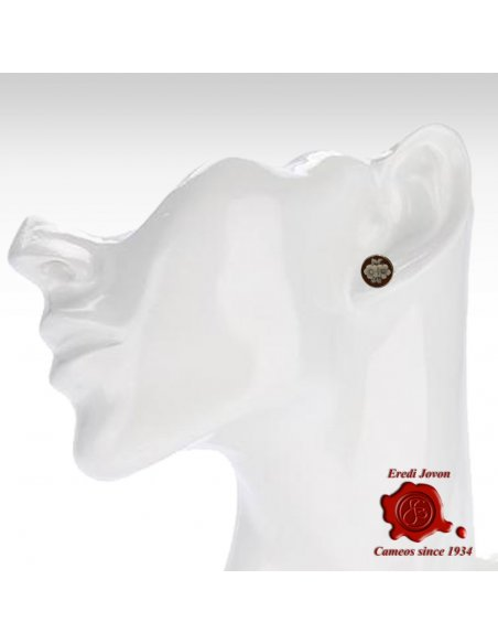 Shell Cameo Flower Studs Earrings Sardonica