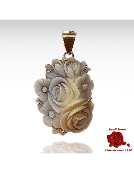 Ciondolo cammeo Sardonico fiore conchiglia Sfioccato