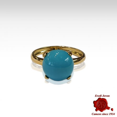 Round Turquoise Ring in Gold