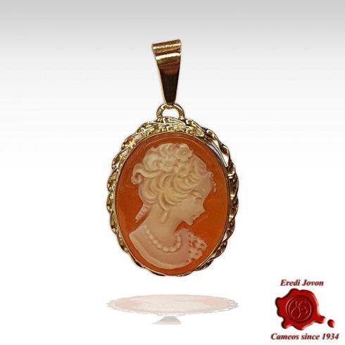 Venice Cameo Gold Necklace Pendant