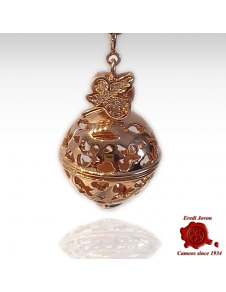 Pregnancy Necklace - Mother & Baby Cameo