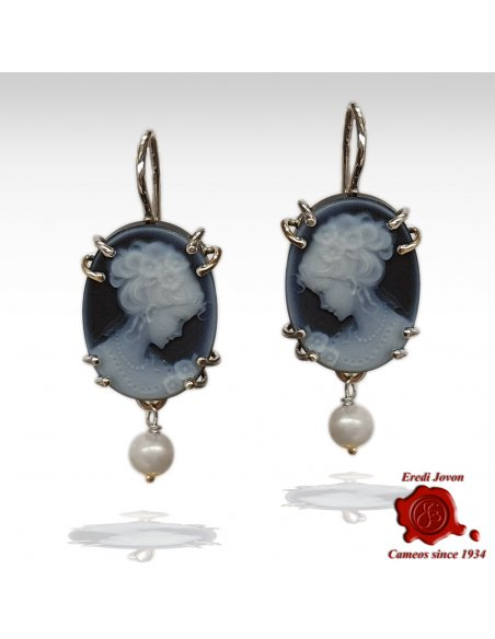 Blue cameo earrings with pearl