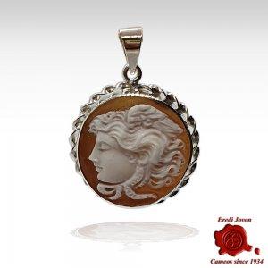 Medusa Cameo Pendant in Silver