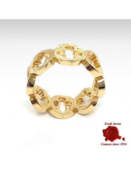 Venetian Gotic Ring in Gold