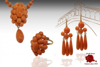 Sciacca coral: Antique Sicilian red (orange) gold